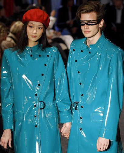 Pierre Cardin style conveyed into everyday outfits